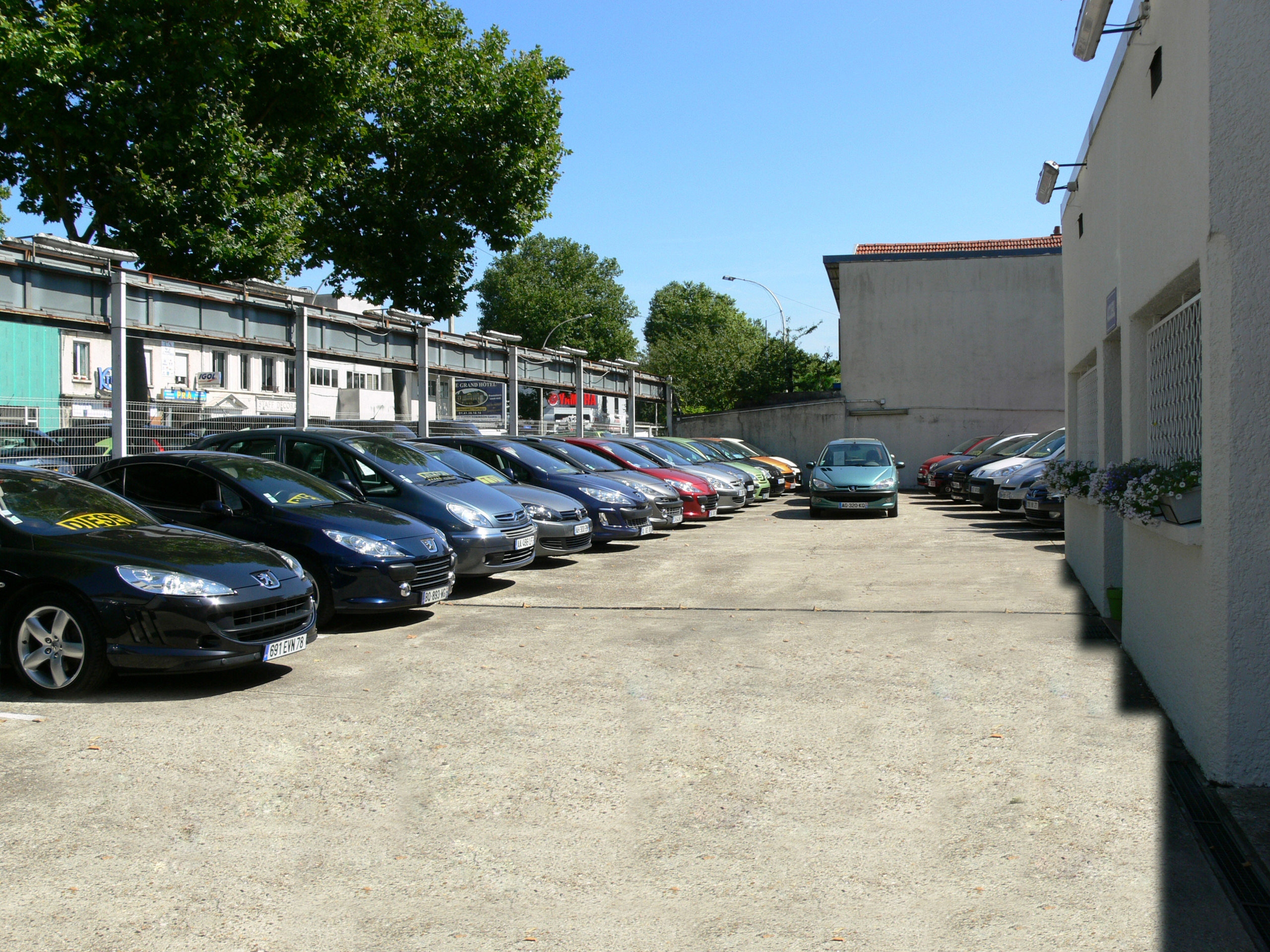 Garage vente voiture occasion deco garage voiture occasion ile de france 368548 garage vente - Garage occasion belgique ...