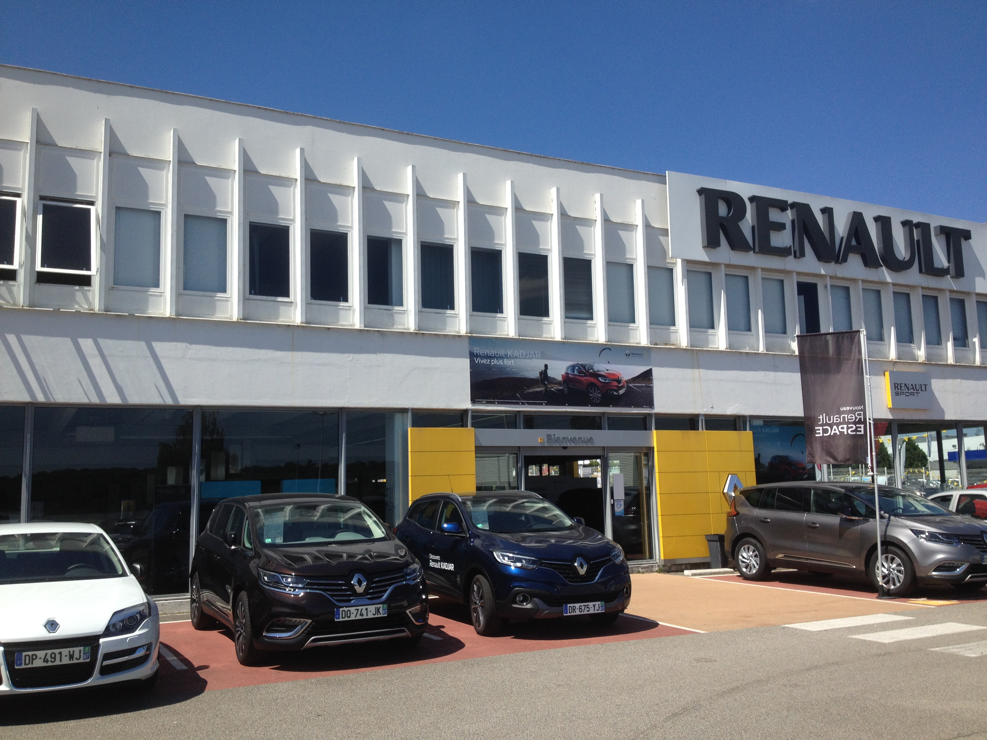 Pr sentation de la soci t renault limoges lda for Garage renault saint orens