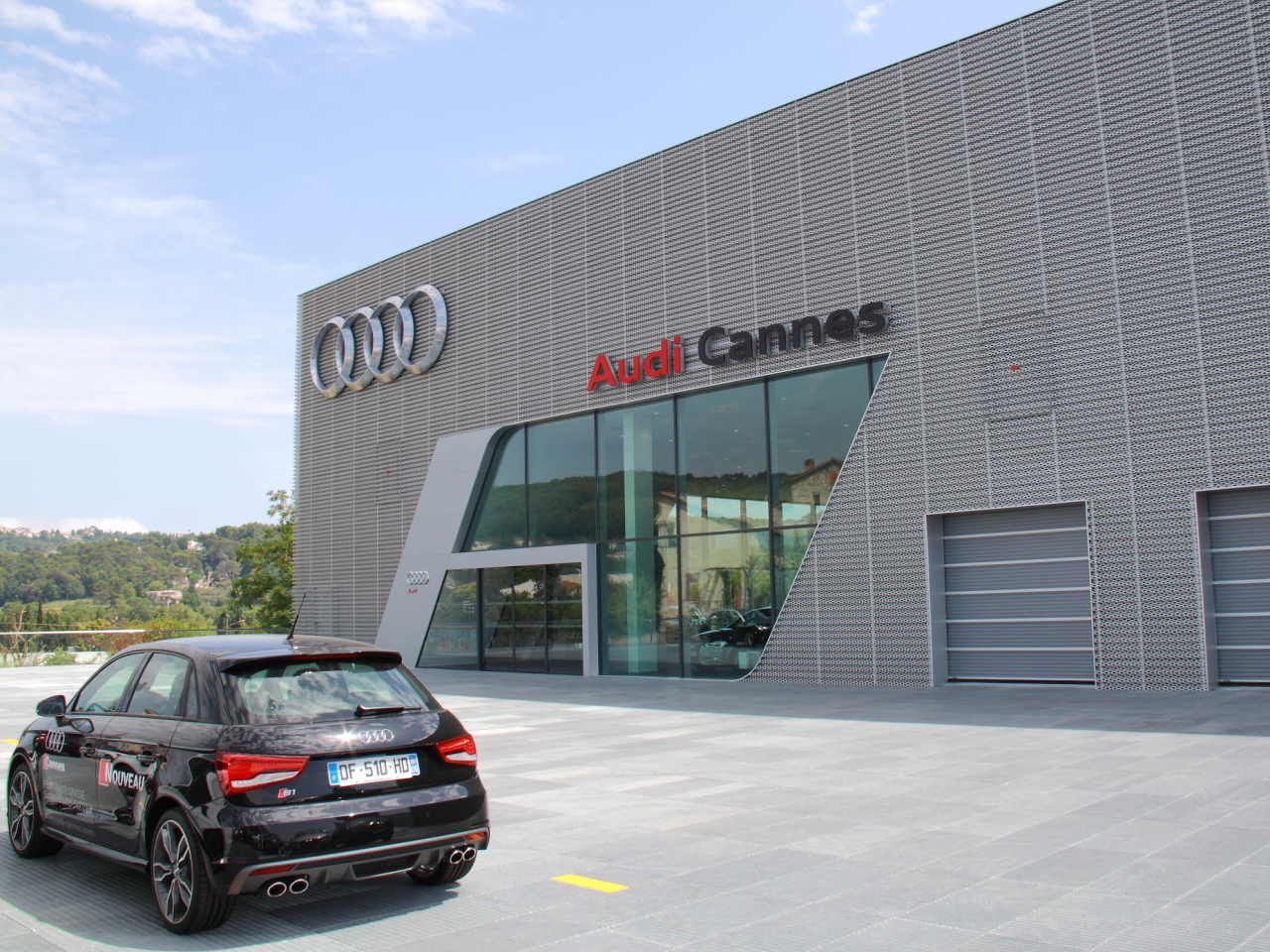 pr sentation de la soci t audi cannes. Black Bedroom Furniture Sets. Home Design Ideas